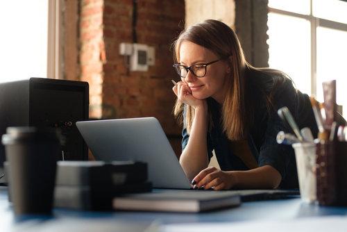 Lavorare da casa online come traduttore o interprete
